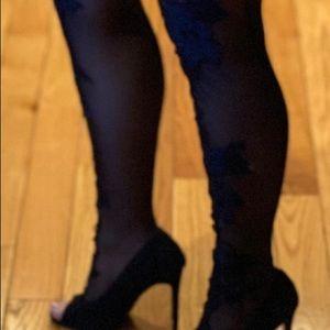 Fashion Nova Shoes - Brand new woman's SO ME very sexy high heels 👠